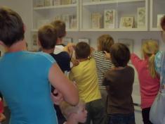 Knihovna: Návštěva kocoura Mikeše a jeho kamarádů