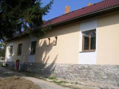 Kulturní dům a čekárna v Peršíkově