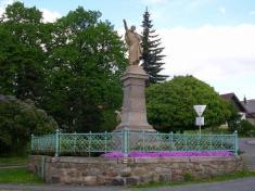 Pomník Karla Havlícka Borovského odJ. Strachovského zroku 1901